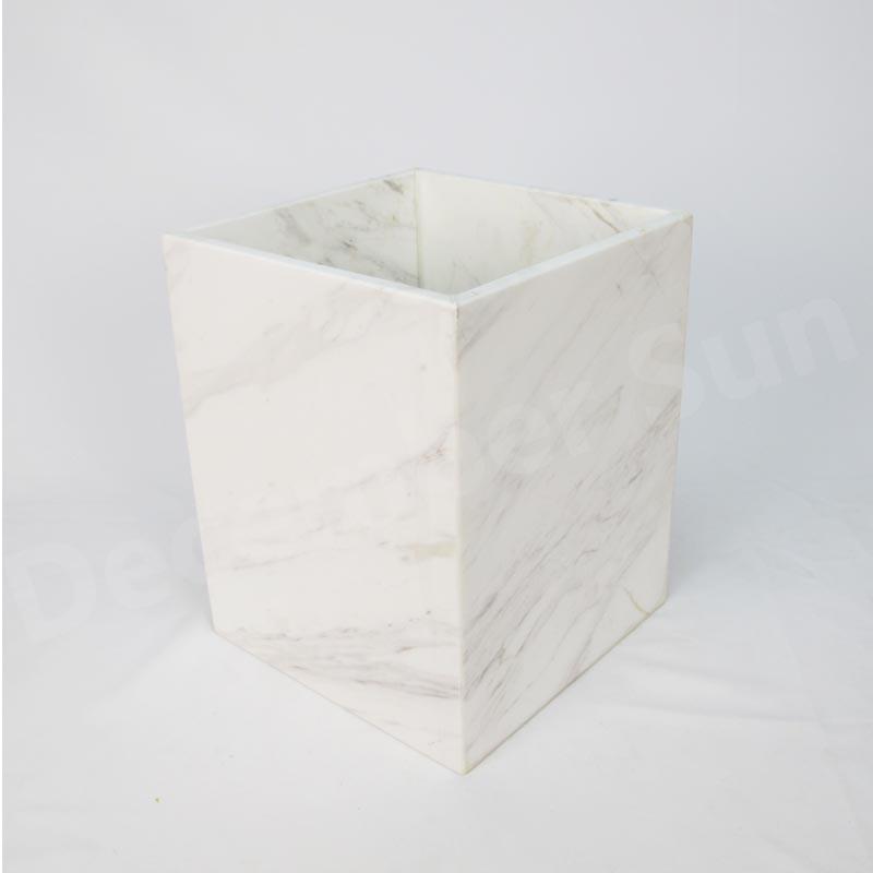 ชุดอุปกรณ์ห้องน้ำหินอ่อนสีขาว